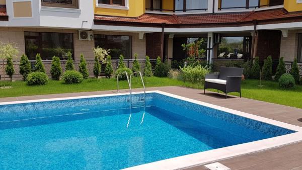 Hotel Pictures: Apartment in Emilia Romana, Ravda