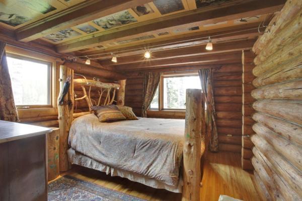 Hotel Pictures: Folk Tree Lodge, Bragg Creek