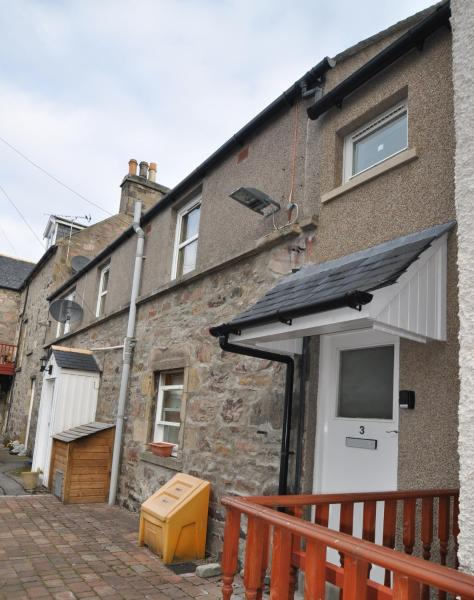 Hotel Pictures: 3 Varis Apartments, Forres