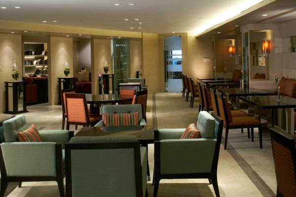 Executive Club Double or Twin Room