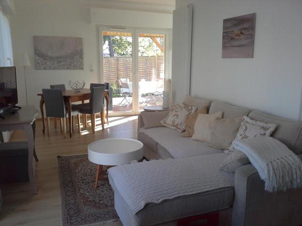 Hotel Pictures: , Oeyreluy