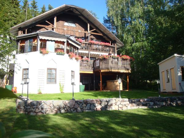 Hotel Pictures: Cronin's B&B Guesthouse, Heinola
