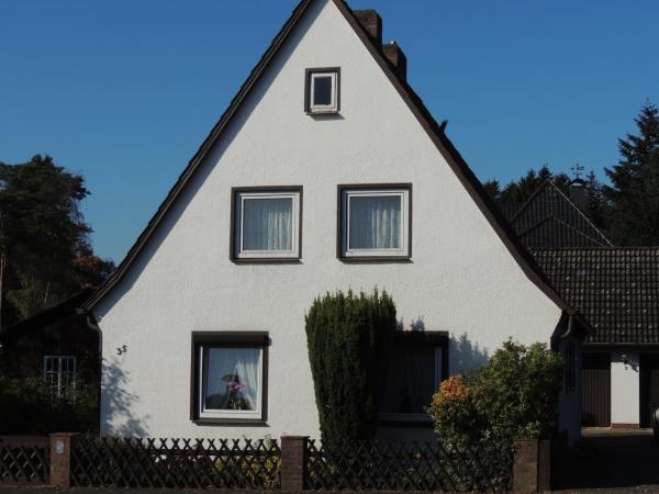 Hotel Pictures: Ferienhaus Snevern, Schneverdingen
