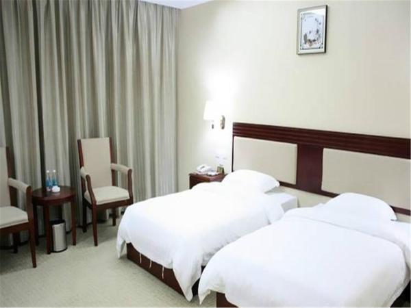 Hotel Pictures: Yifeng Hotel, Baoan