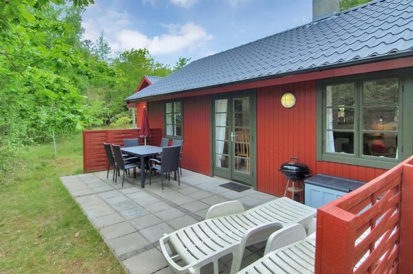 Hotel Pictures: Holiday home Dueodde D- 888, Snogebæk