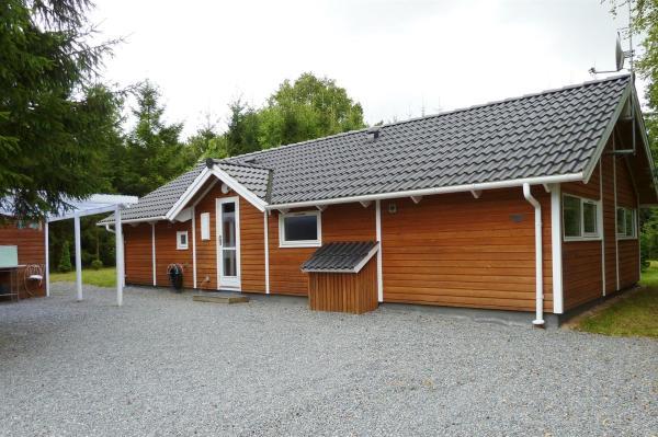 Hotel Pictures: Holiday home Skovbrynet C- 4079, Lindet