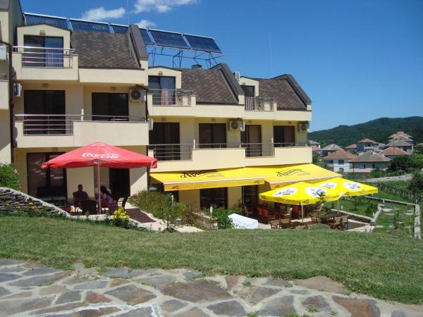 Hotel Pictures: Hotel Enchevi, Kirkovo