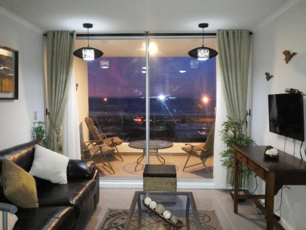 Фотографии отеля: Departamento en Club Oceano Torre Mar, Ла-Серена