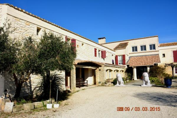 Hotel Pictures: Le Mas de la Feniere, Arles
