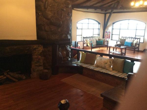 Hotel Pictures: Samay Kirutoa Lodge, Quilotoa