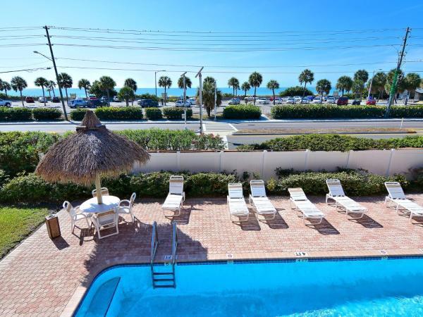 Hotel Pictures: Madeira Beach Condo Condo, St Pete Beach