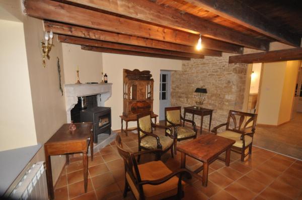 Hotel Pictures: Chez Gérard, Saint-Martin-Lars-en-Sainte-Hermine