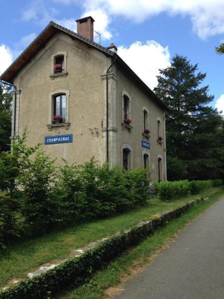 Hotel Pictures: , Champagnac-la-Rivière