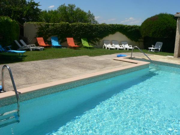 Hotel Pictures: Gîte chez Cécile dans le Luberon, Lagnes