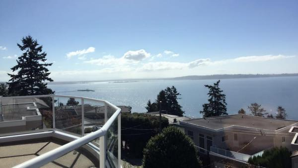 Hotel Pictures: Luxury Ocean View Private Home, White Rock