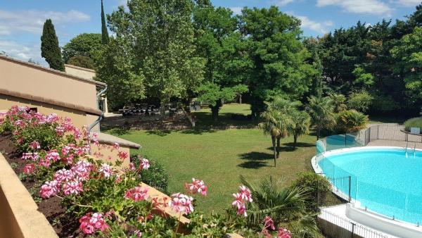 Hotel Pictures: Hotel Les Oliviers, Loriol-sur-Drôme
