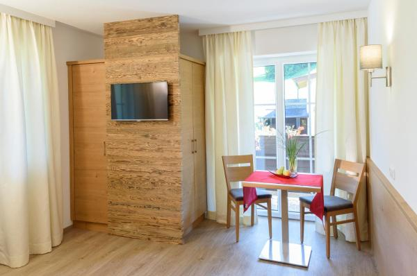 酒店图片: Hotel Garni Ingeborg, 韦斯滕多夫