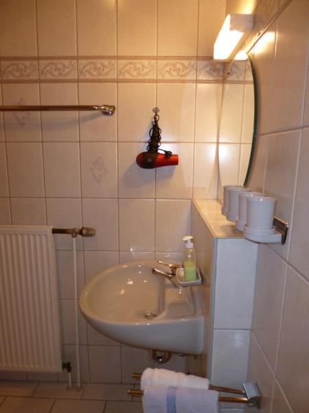 Hotel Pictures: Landhaus Birgit, Telfes im Stubai