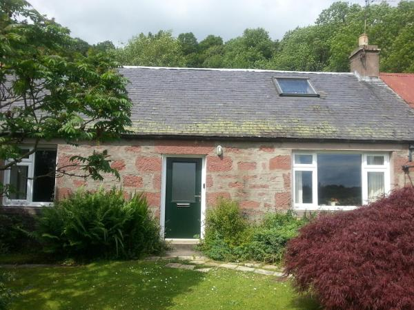 Hotel Pictures: Smithy Cottage, Blairgowrie
