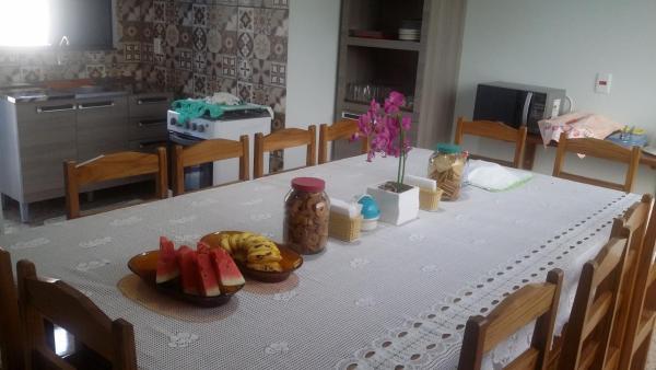 Hotel Pictures: Hostel Eloáh, Nobres