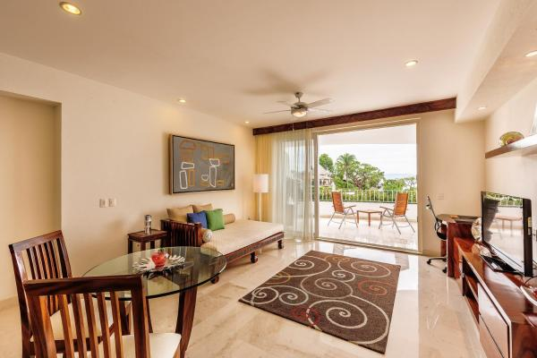 Junior Suite with Bay View