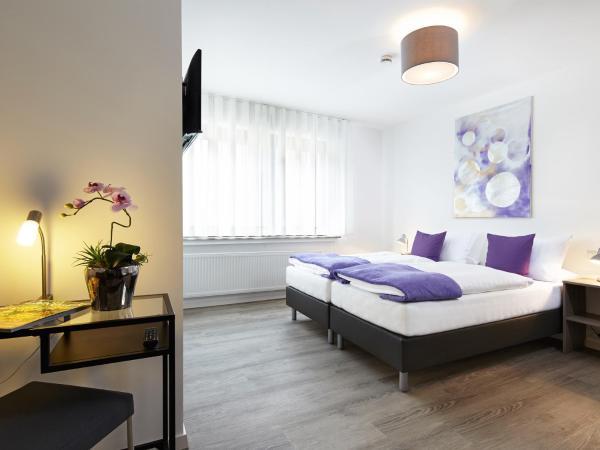 Hotel Pictures: Hotel Hegemann garni, Hövelhof