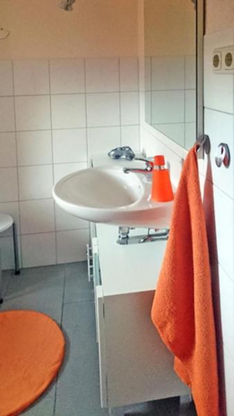 Hotelbilleder: Ferienwohnung im Wiesengrund, Stahlbrode