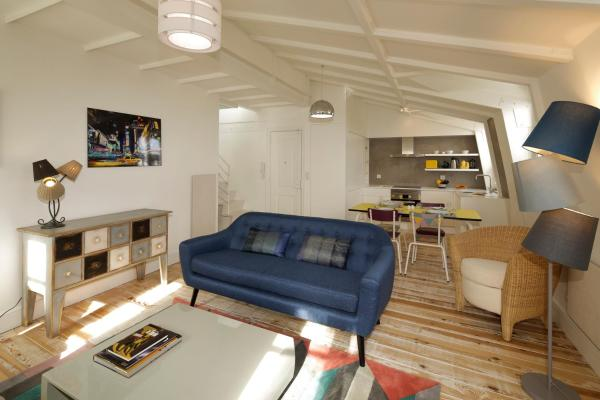 Two-Bedroom Penthouse Apartment with Terrace