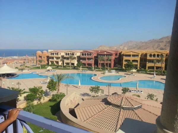 Hotel Pictures: Chalet Oussama, Ain Sokhna