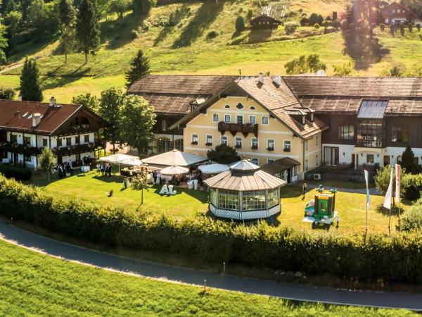 Hotel Pictures: Reiteralm, Ainring