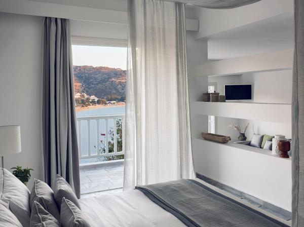 Standard Suite with Sea View