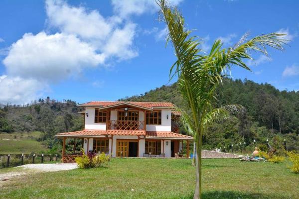 Hotel Pictures: Guatape Tinderhostel Cabin, Guatapé