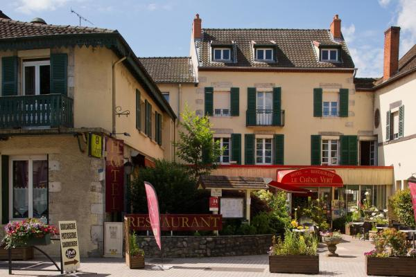 Hotel Pictures: Le Chêne Vert, Saint-Pourçain-sur-Sioule