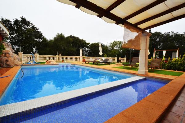 Hotel Pictures: Villa Primero - Llucmajor, Llucmajor