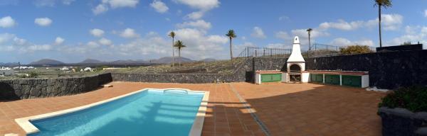 Hotel Pictures: Vista Timanfaya, Yaiza