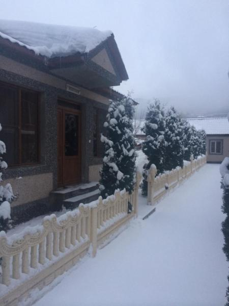 Hotelbilder: Rose Apartment, Tsaghkadzor