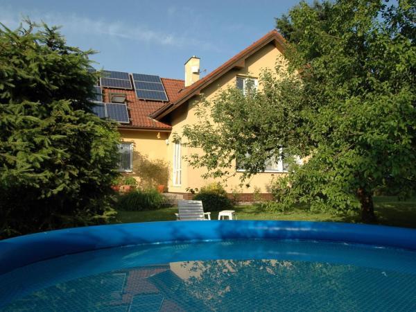 Hotel Pictures: Villa Burianek, Turnov