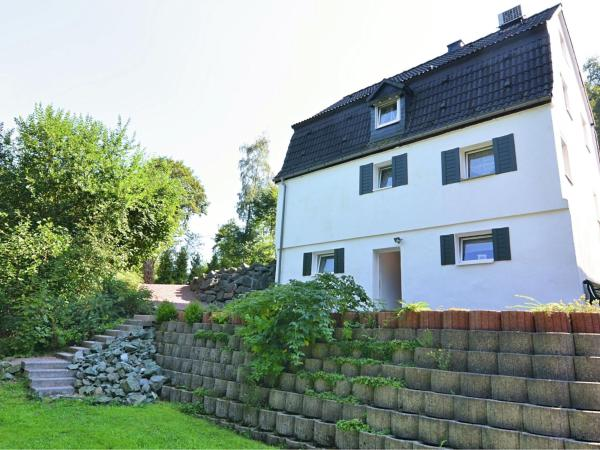Hotel Pictures: Holiday home Im Ries Iii, Elpe