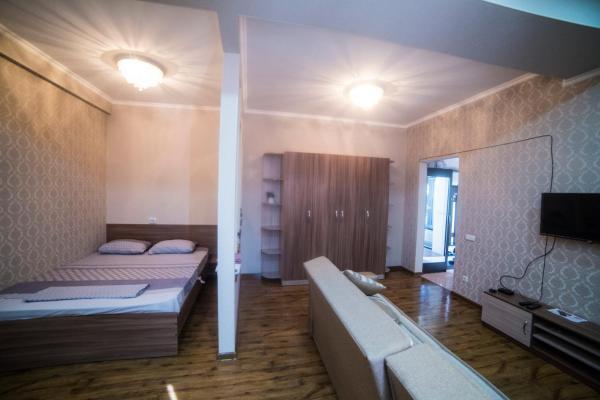 Фотографии отеля: Apartment-KG Боконбаева-Манаса, Бишкек
