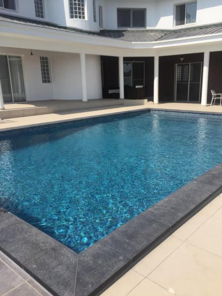 Hotel Pictures: La Karavia, Libreville