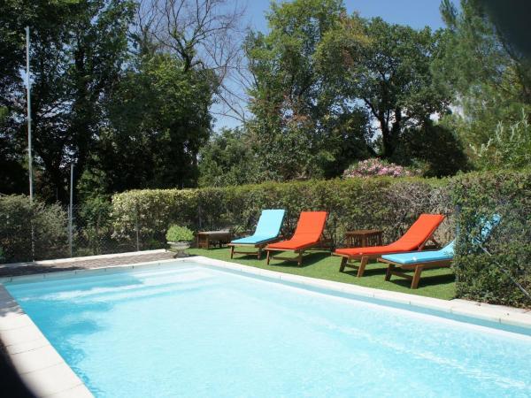 Hotel Pictures: , Arpaillargues-et-Aureillac