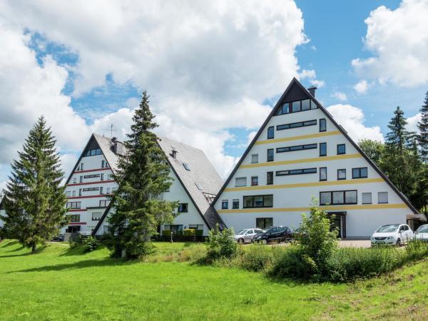 Hotel Pictures: Schwarzwaldhäuschen, Schönwald