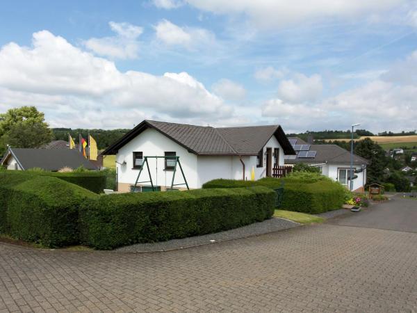 Hotel Pictures: Holiday home Schwalbennest, Lissendorf
