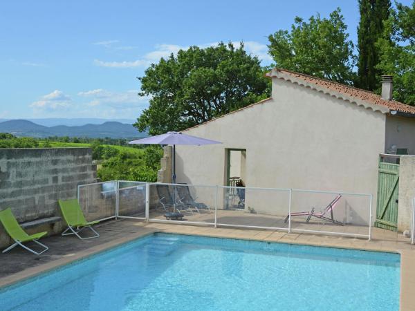 Hotel Pictures: Le Chêne, Barjac