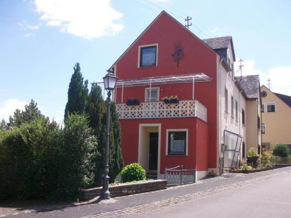 Hotel Pictures: Haus Moselblick, Bremm