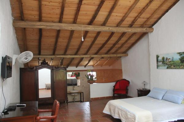 Hotel Pictures: Hacienda El Orquideal, Piedecuesta
