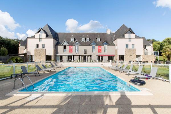 Hotel Pictures: Les Ormes Domaine et Resort, Epiniac