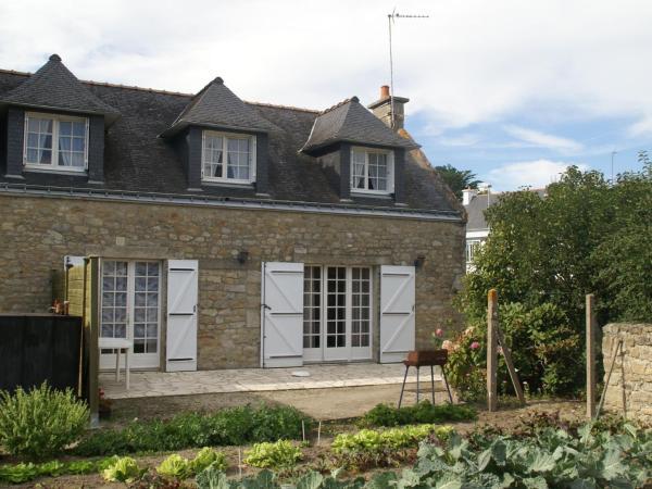 Hotel Pictures: Maison De Vacances - Riantec, Riantec