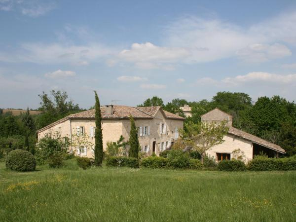 Hotel Pictures: Le duras en Le sauvignon, Fayssac