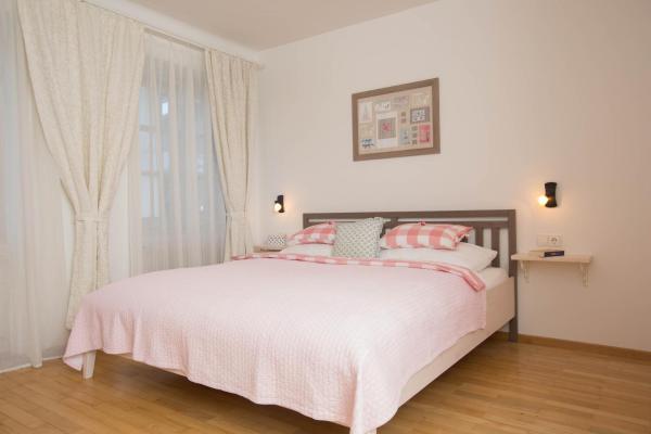 Hotel Pictures: 56er herzog apartments, Tröpolach
